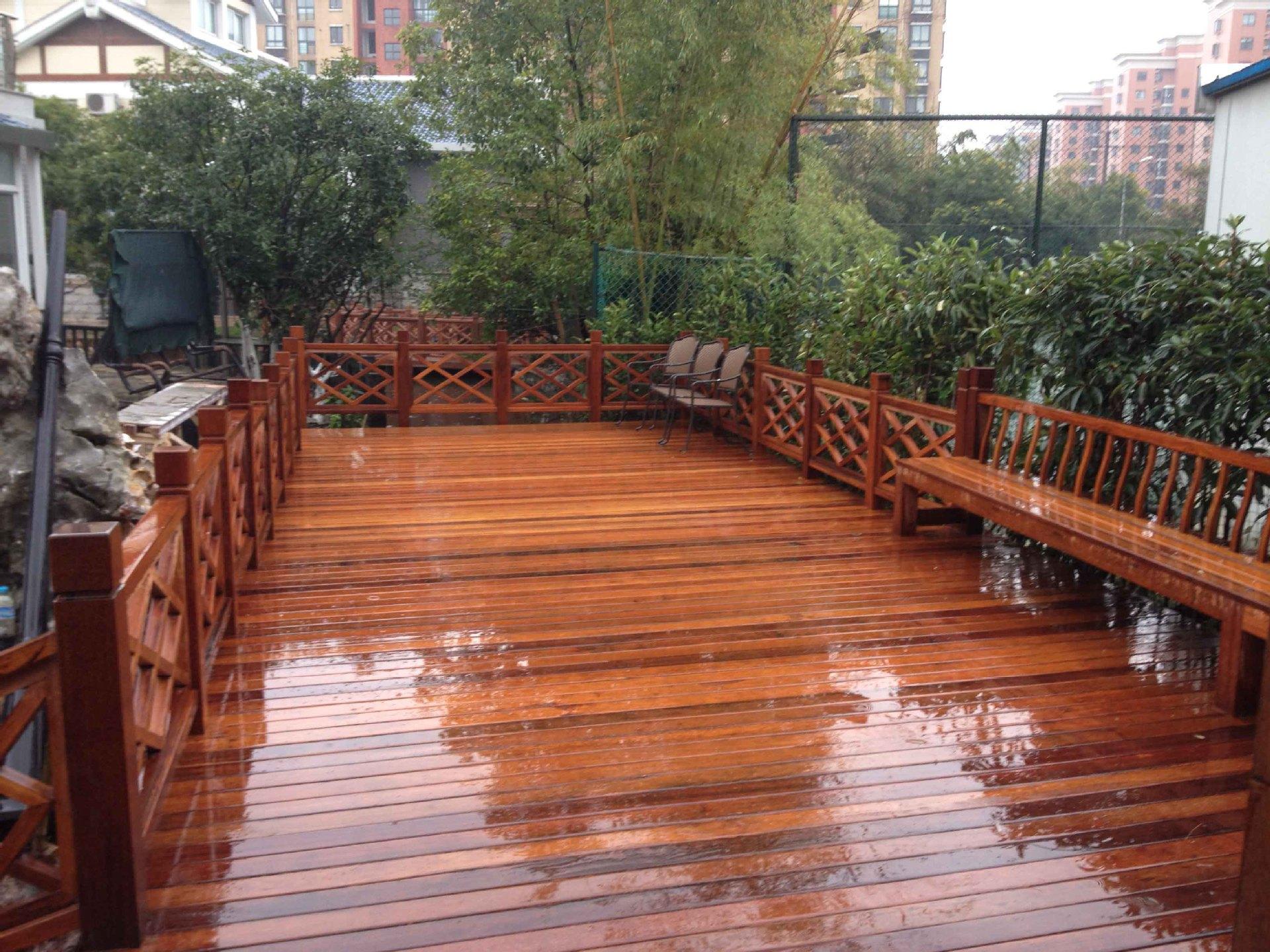 别墅庭院设计,屋顶花园设计,阳台花园设计,拥有十五年专业防腐木园林